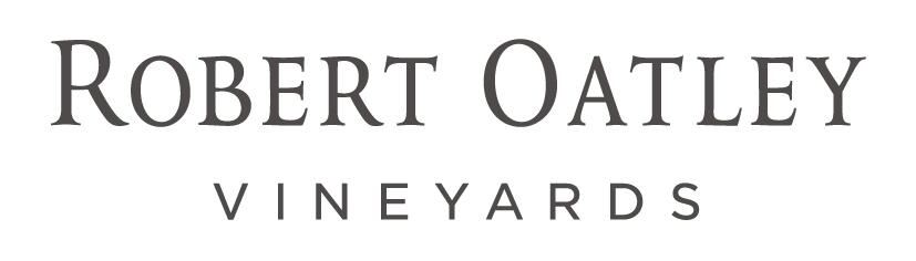 Robert Oatley Vineyards Logo Grey